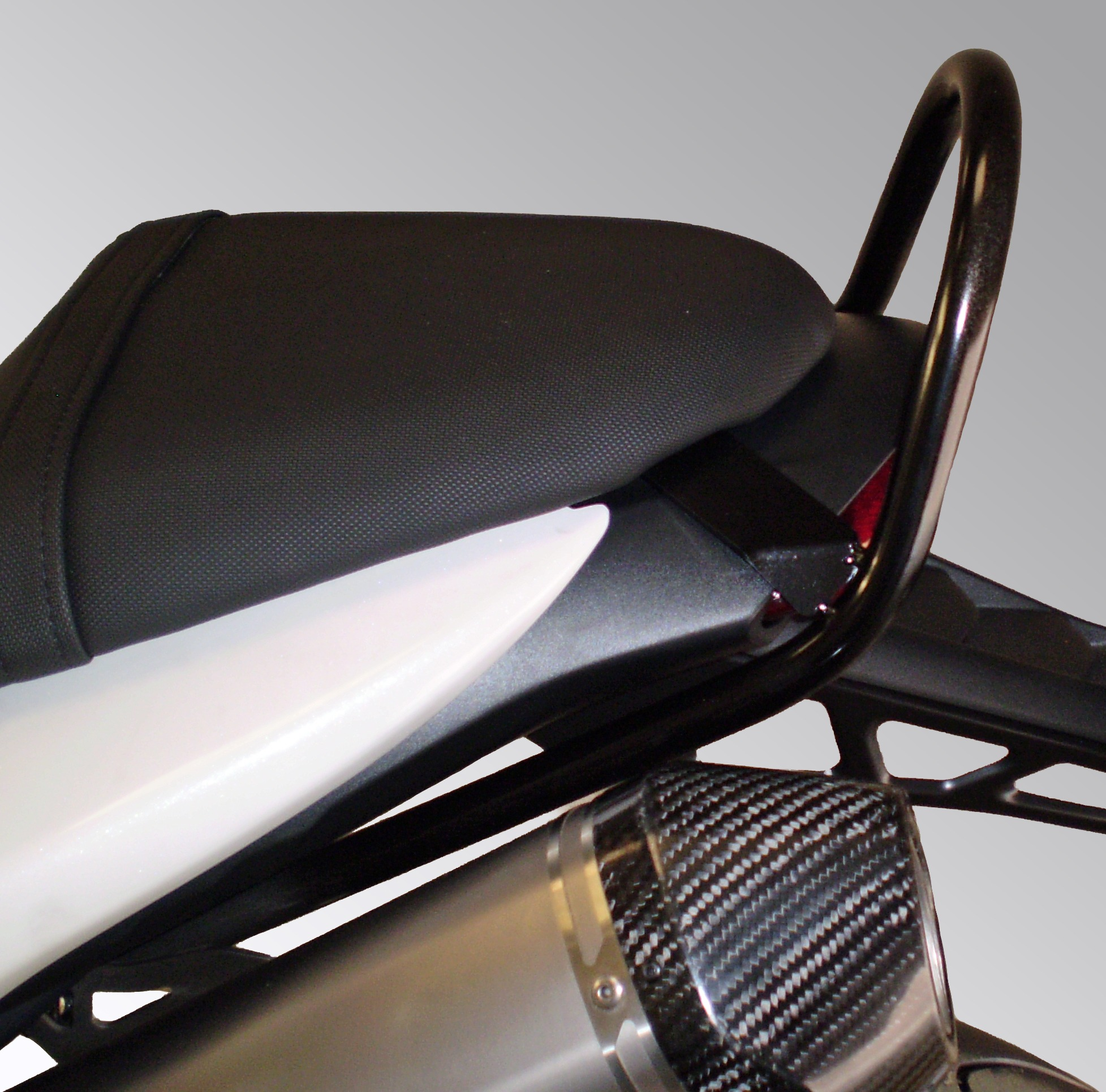 Triumph Speed Triple 1050 2011/2012 Pillion Grab Rail In Black