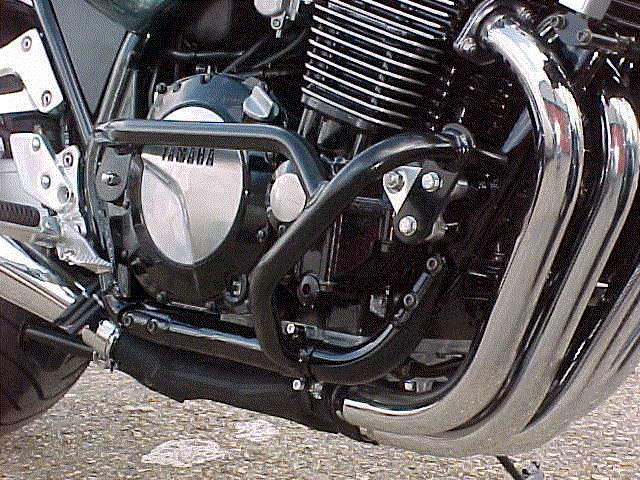 Yamaha XJR1200/1300 Engine Bars In Black