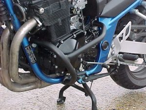 Suzuki GSF650 Bandit (Up To K6 Pre-2006 – Oil & Air Cooled) Engine Bars In Black