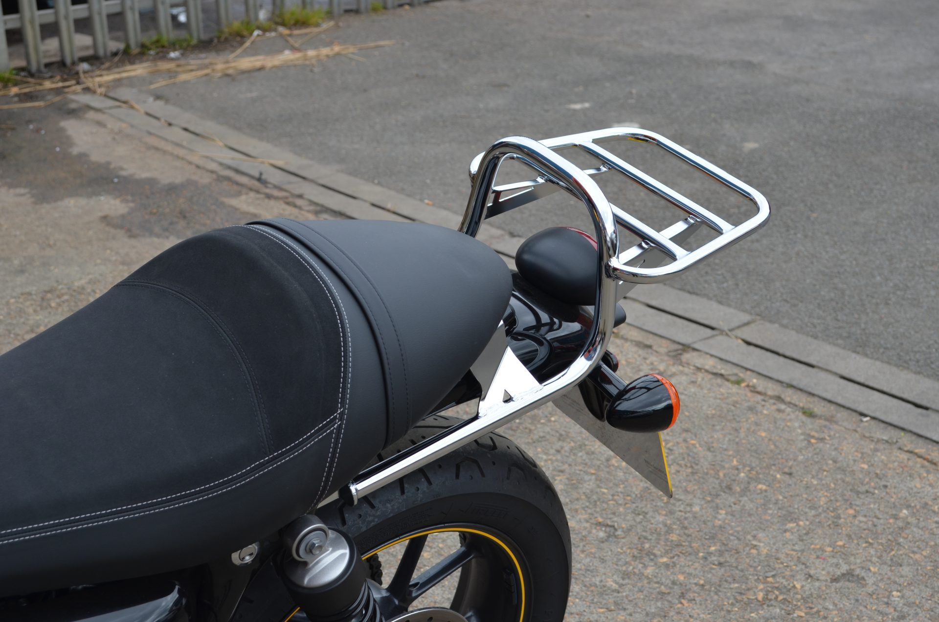 Triumph Bonneville T120/Street Twin/Street Cup/Bonneville T100 (WC) (2016-)Luggage Carrier/Top Box Rack In Chrome